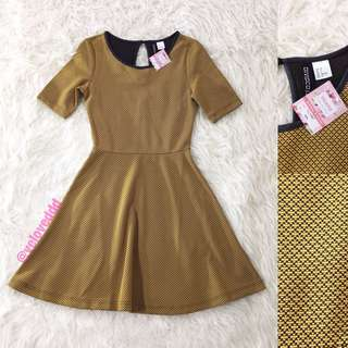VL5580 Hnm mustard textured skater sleeve dress