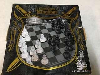 Crystal glass chess set
