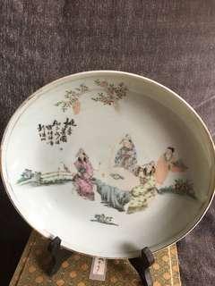 民国画人物大師罗仲林浅絳彩瓷盘