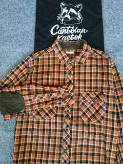 g.u by uniqlo flannel shirt