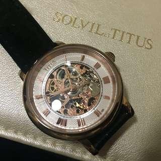 SOLVIL et TITUS 鐵達時 黑色皮帶手錶 手動上鍊機械錶