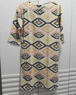 Dress motif triball