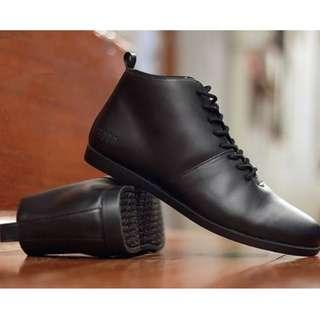 "Brodo ''""Signore Full Black''""  Size 44"