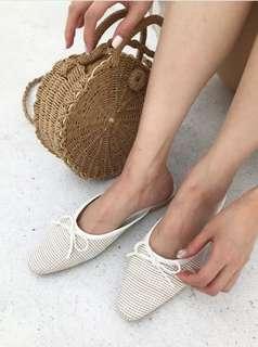 🚚 #全新現貨 轉賣 miyuki select 正韓國強新款 編織蝴蝶結低跟淺色穆勒鞋 夏日必備