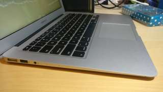 99% Like New - Macbook Air - Early 2015