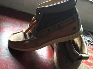 Sketchers Leather high cut