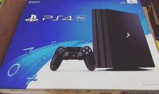 Playstation 4 Pro 1TB. Free 3 Game