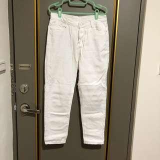 白色素面男友褲