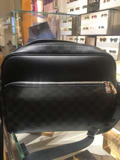全新Louis Vuitton Daytone Reporter MM