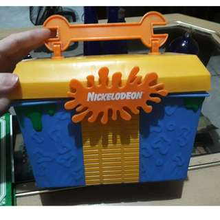 Nickelodeon Lunch box 2001 vintage
