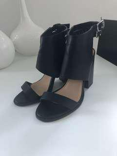 Forever21 Heels Size 6