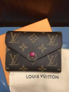 全新Louis Vuitton Victorine wallet