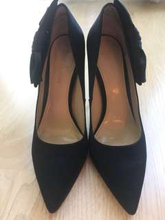 Black Satin with Bow Evening Pumps Size9