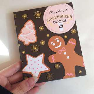 Too Faced gingerbread cookie eye/bronzer palette