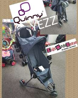 Quinny yezz stroller display unit