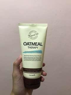 Oatmeal cleansing foam