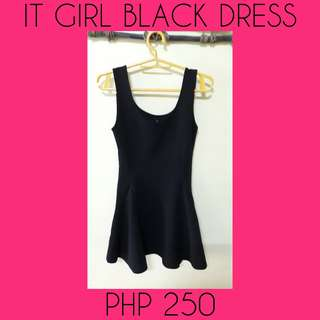 It girl dress black in good condition 💯