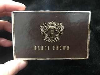 🚚 《芭比波朗》《BOBBI BROWN》亮妍頰彩盤 漾香腮紅*璀燦凝露 週慶限量航空版