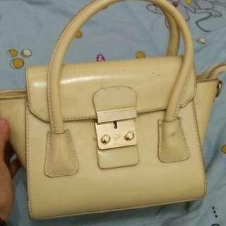 Handbag plus talinya