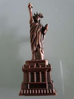 Statueof Liberty USA fridge magnet