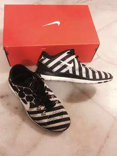 Nike free 5.0 shoes AUTHENTIC