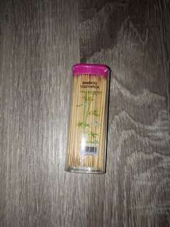 Pack of bamboo toothpick can carry anywhere