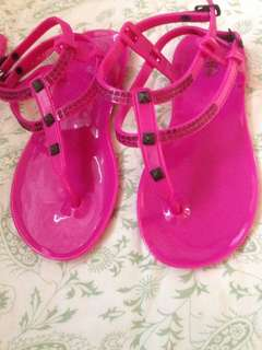 Sandals/Slipper age 4,5,6 or 7