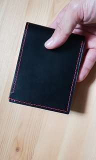 100% hand crafted men's bi-fold leather wallet