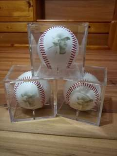 陳金峰旅日限量紀念棒球