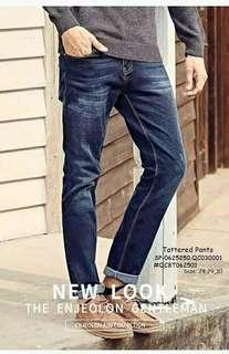 TATTERED PANTS  Size: 28,29,30  Price : 450