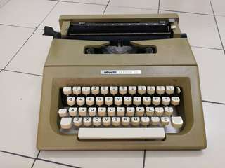 Olivetti Typewriters 25