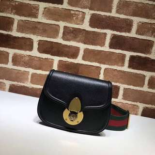Gucci leather tiger guccitotem small shoulder bag