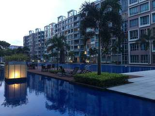 Freehold 2BR Ferraria Park Condo at Flora Drive
