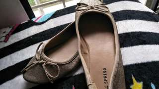 Gold Flat Shoes For Girl Age 9-11