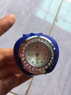 Jam tangan apple blue bangkok