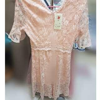 🚚 喇叭袖v領蕾絲長裙超仙過膝連衣裙洋裝喜宴喜酒PARTY生日派對尾牙Midi skirt Jumper Dresses Tea Dress pink color Skater dresss
