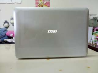 Msi Thin&Slim 14.5inch/windows7/English language laptop /not heavy bring outside