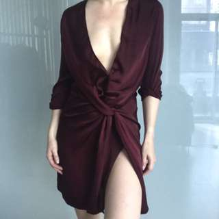 Lioness fame and lust dress in wine