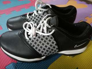 BNEW Nike Golf Shoes