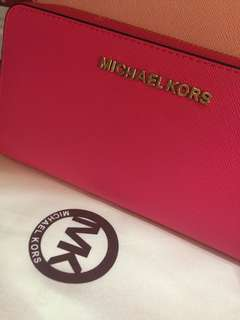 Michael kors wallet(premium quality)