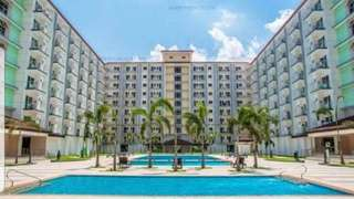 For Rent: Field Residences 1 BR with Balcony Fully Furnished