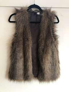 Faux fur vest size 8-10