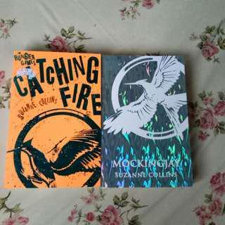 Buku Catching Fire dan Mockingjay (English ver)