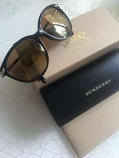Burberry Sunglasses brown color gold metal
