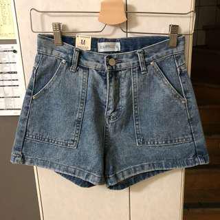 🚚 復古牛仔短褲