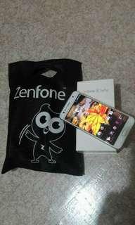 Asus ZenFone 4 Selfie 64gig 4 ram