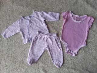 Newborn cloths (2sets)