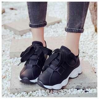 Hera Sporr shoes