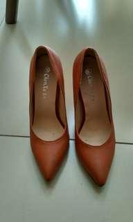 Henzhu heels