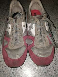Orig.saucony rubber shoes